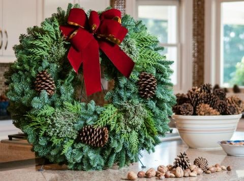 Faith Lutheran Circle Youth Wreath Fundraiser