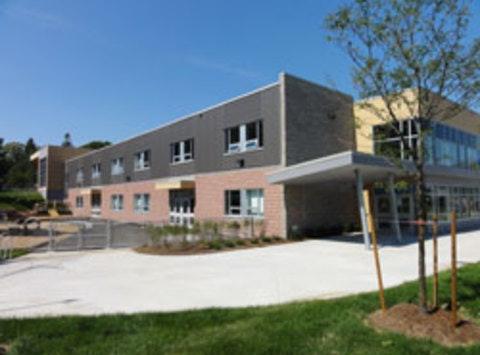 school, education & arts programs fundraising - École King George Public School