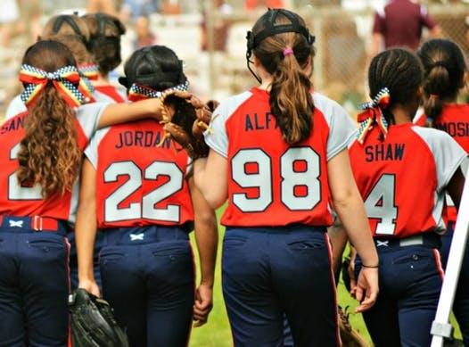 softball fundraising - Bonita Valley 10 Gold