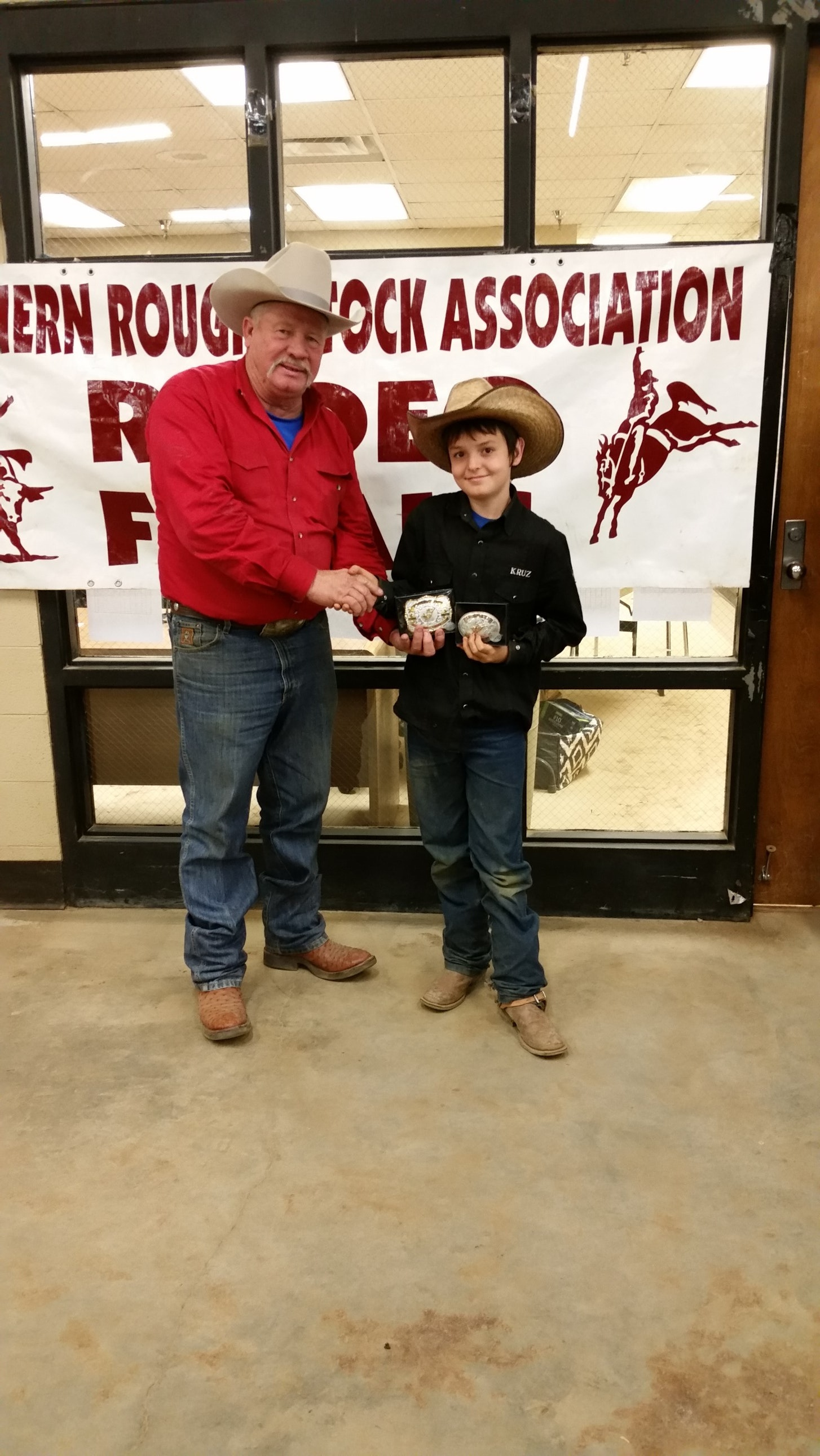 Kruz Auman   bull riding  fund
