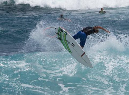surfing fundraising - Reece Leonard