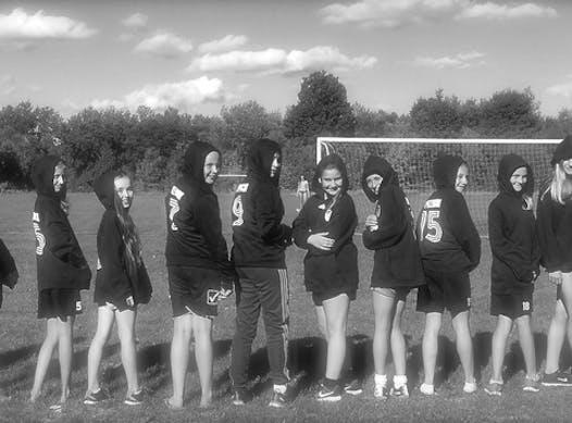 soccer fundraising - BWSC Soccer 2004 Girls