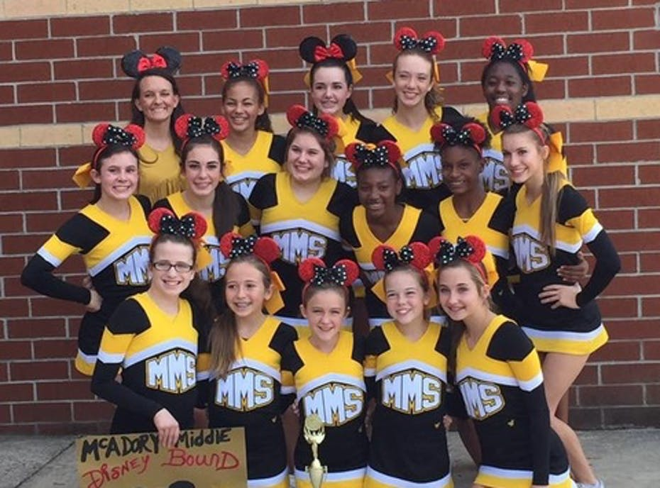 McAdory Middle School Cheerleaders