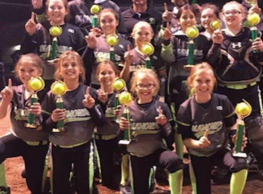 softball fundraising - Diamonds 10U