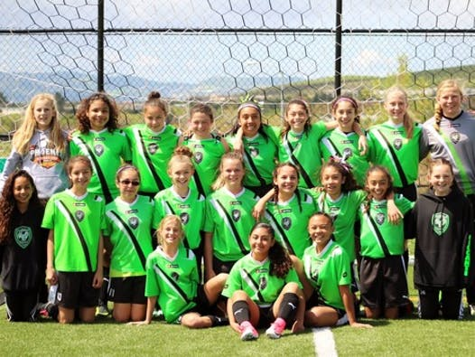 soccer fundraising - West Coast Wicked 04 Girls