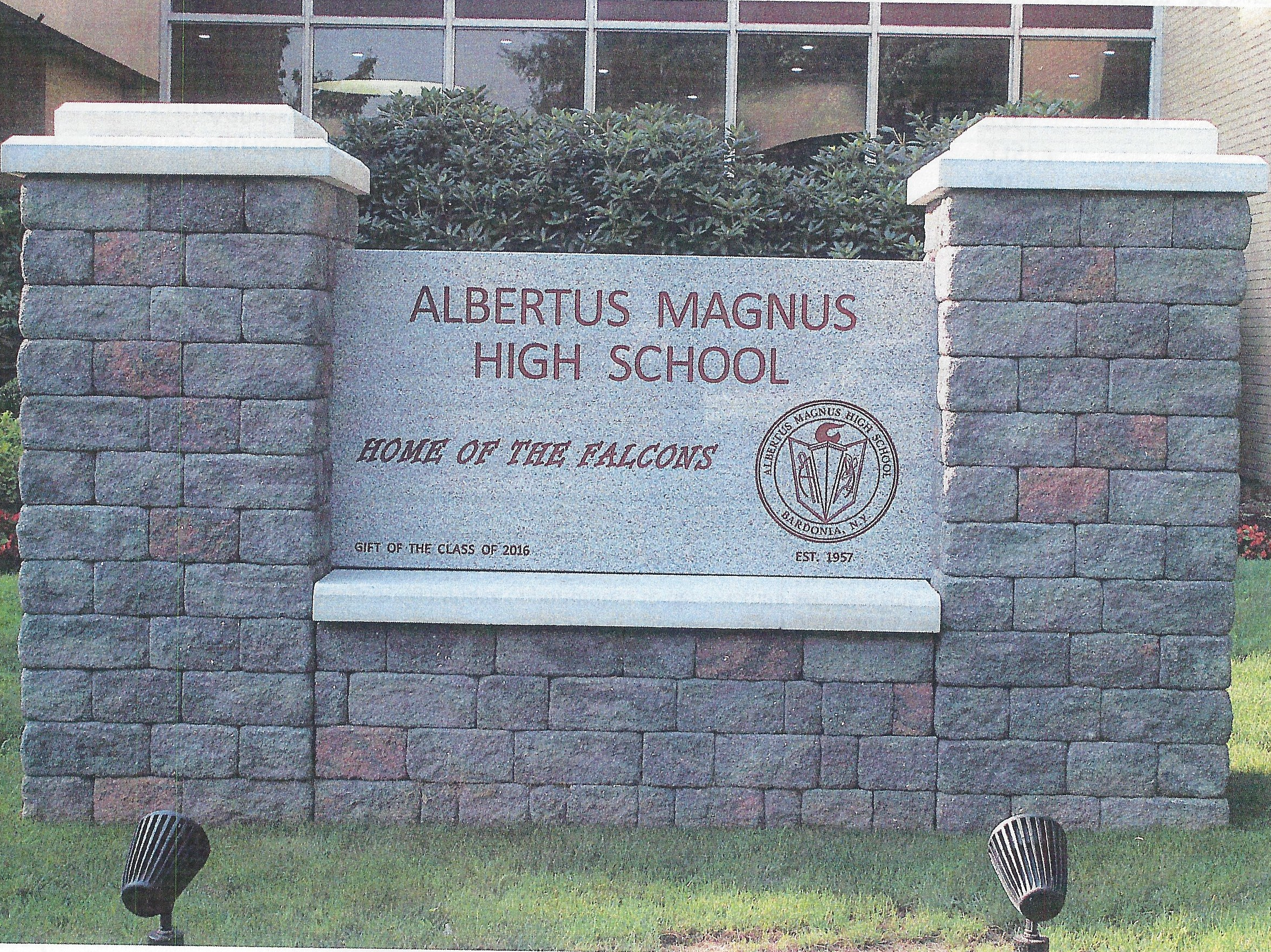Albertus Magnus High School 2017-18