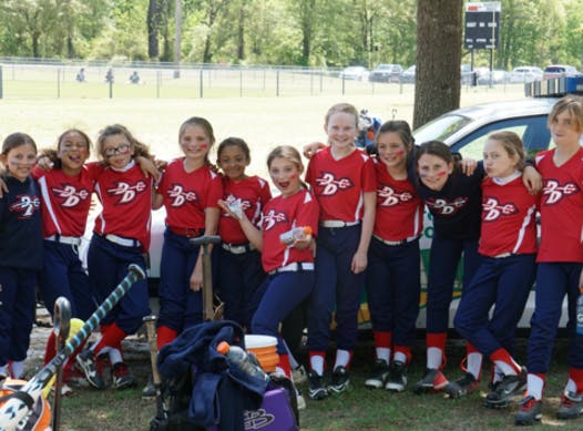 softball fundraising - Dirt Devils-Herndon