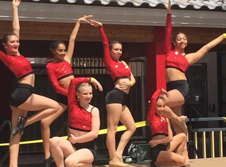 Champion Dance Team