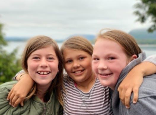 volunteering trip fundraising - Tofino Girl Guides: make a difference Ecuador 2021 service trip