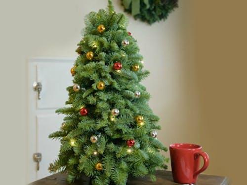 Classic Tabletop Tree