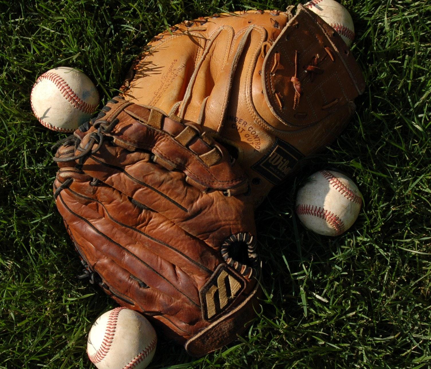 Youth Baseball Gear Guide