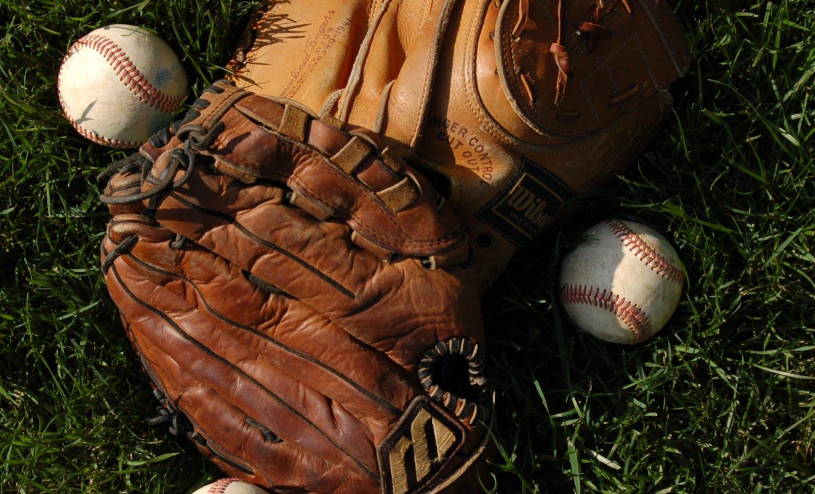Gloves n balls rac