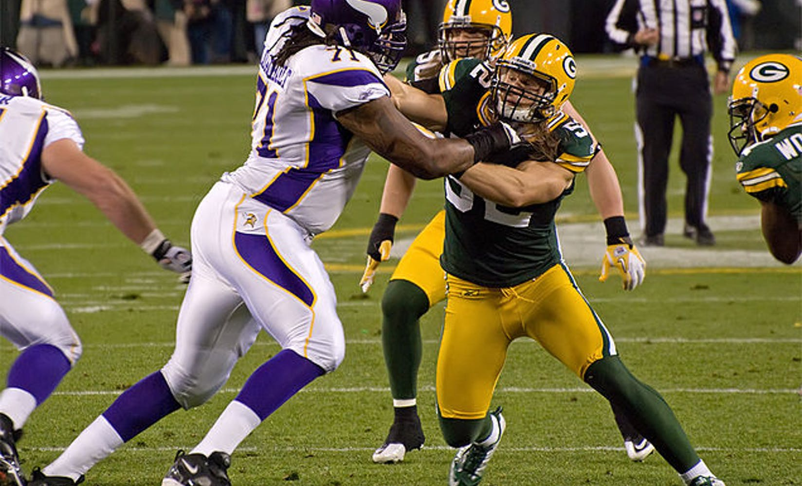 636px phil loadholt  clay matthews