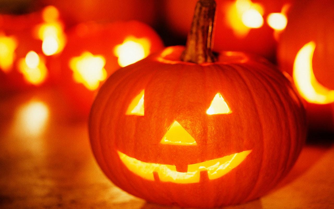 How To Raise Money Online This Halloween!
