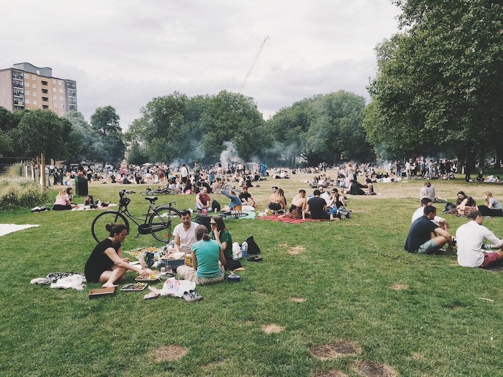 100 fundraising ideas picnic flipgive