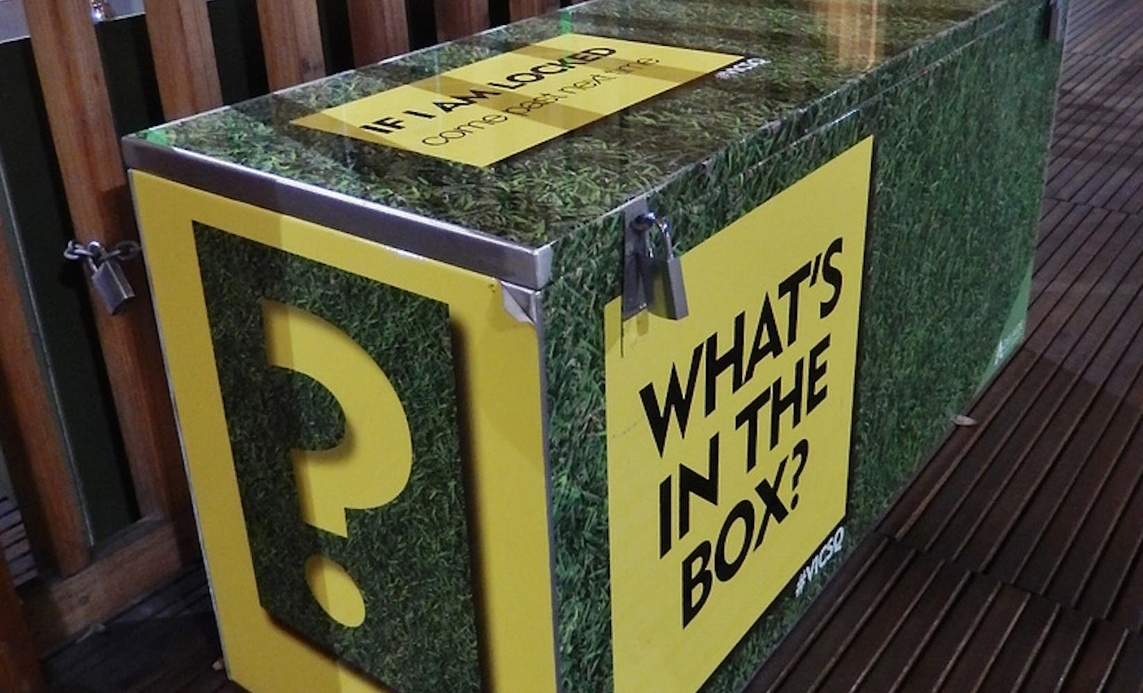 how to run a mystery box fundraiser | flipgive
