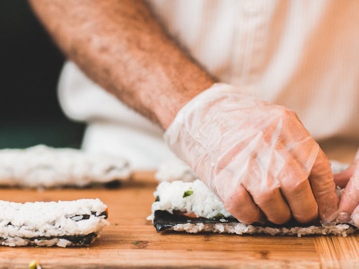 How To Host A Sushi Making Class Fundraiser